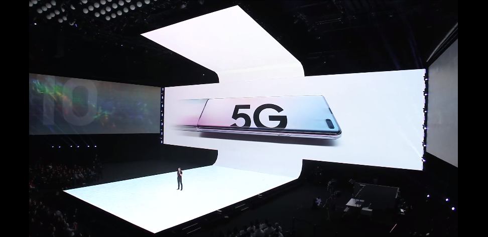 You probably shouldn't buy a 5G phone this year