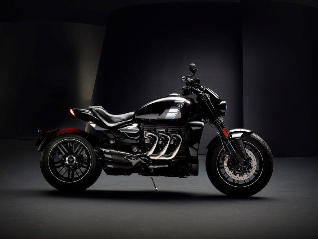 2,500cc inline-triple engine