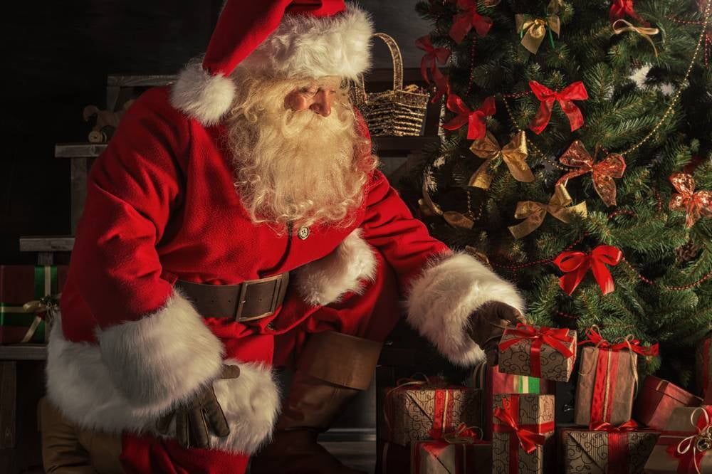 Should parents lie to kids about Santa Claus? We asked the experts.