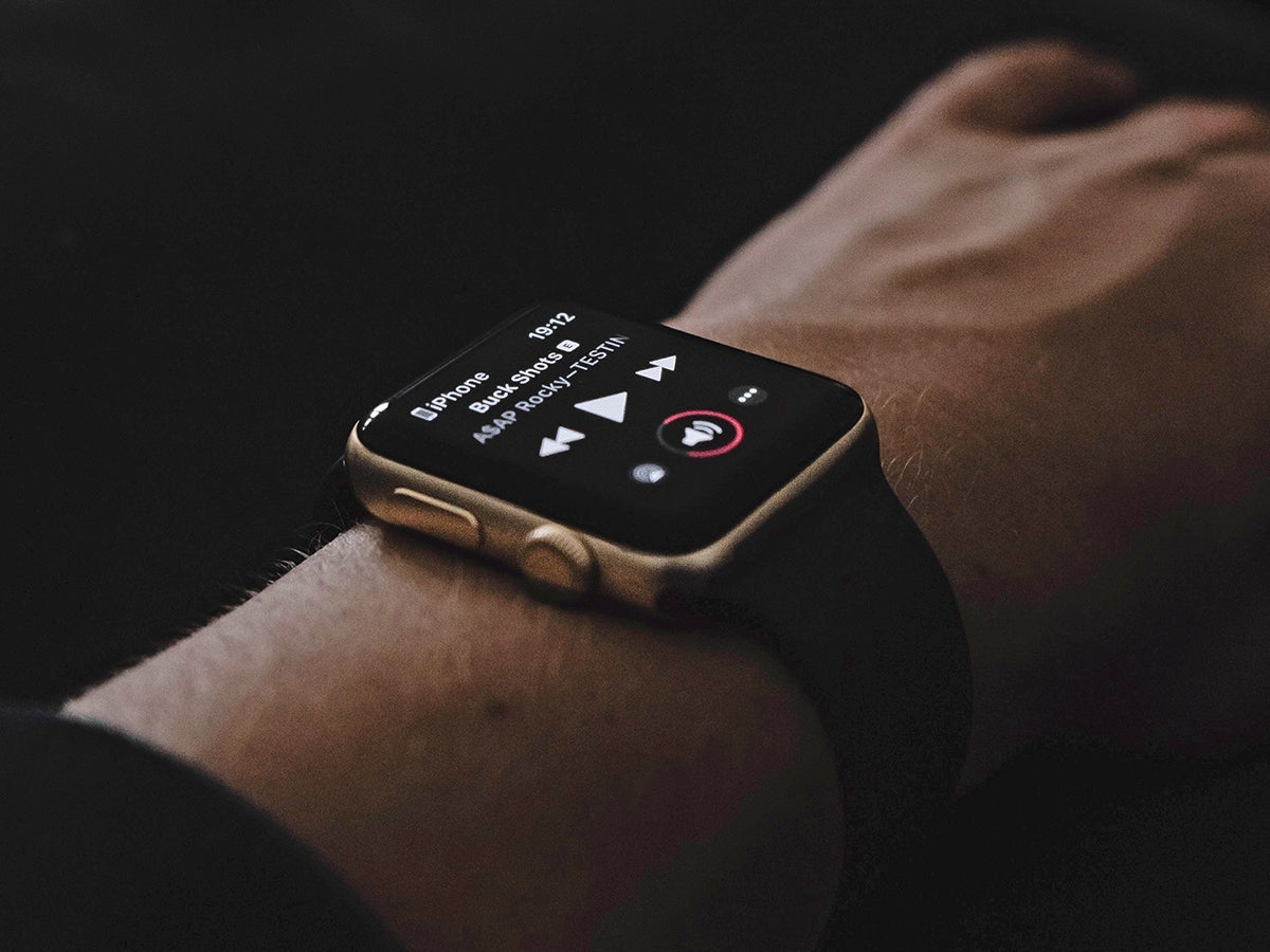 Seven music apps to turn your Apple Watch into an audio controller