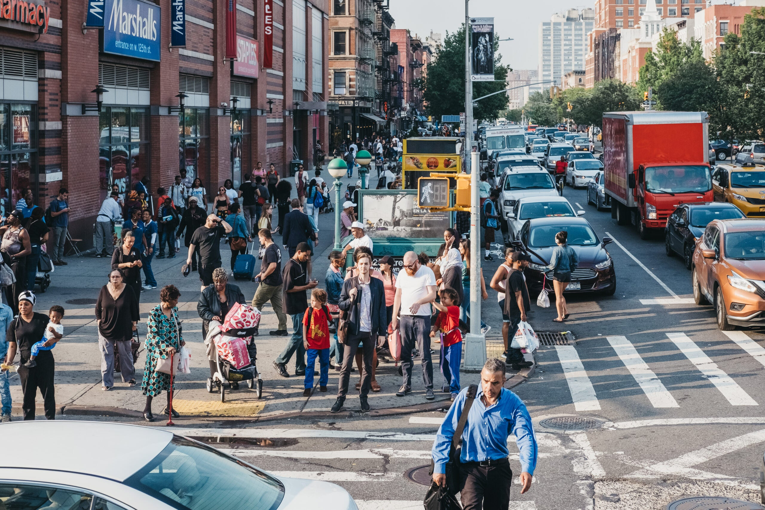 Air pollution can ruin the health benefits of 'walkable' neighborhoods