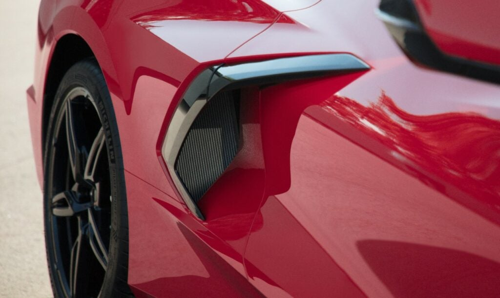 2020 Chevy Corvette Stingray intakes