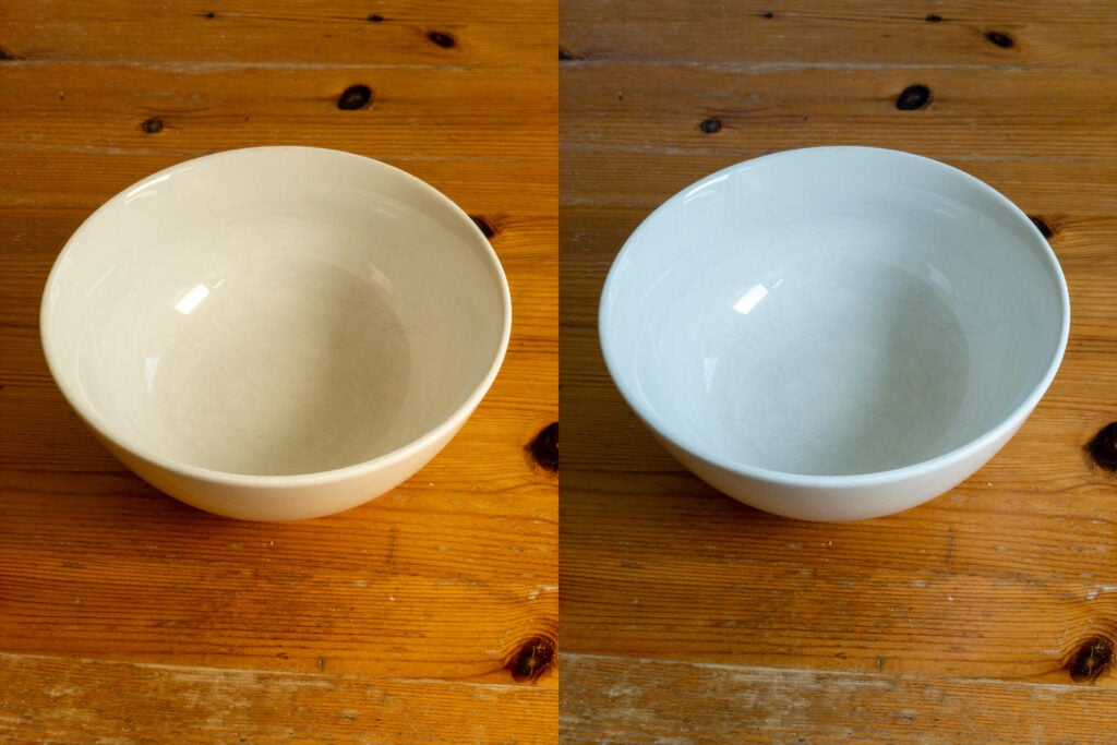 Pictures of bowls over a wooden table contrasted