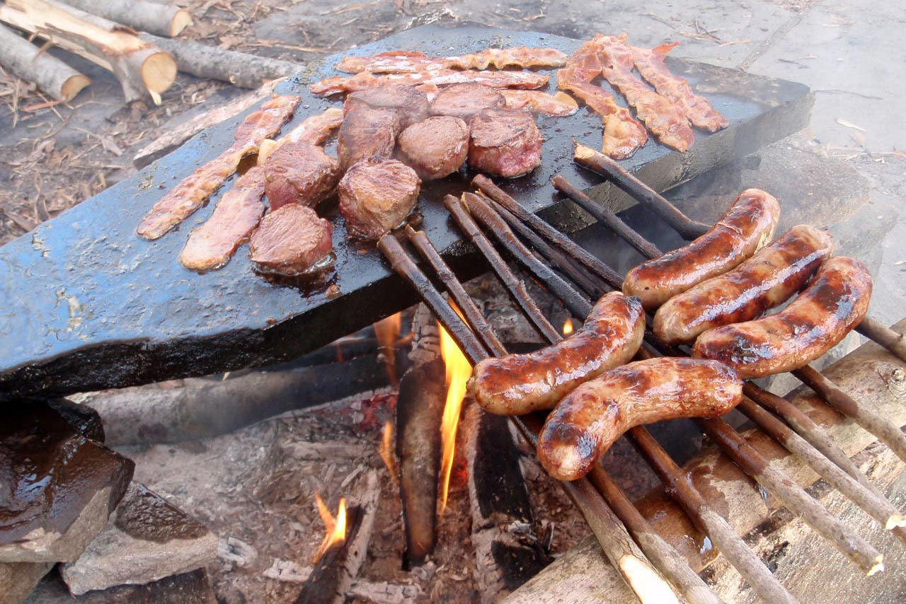 Survival cooking: how to cook with sticks