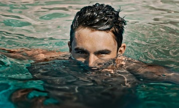 Why you really, really, really shouldn't shower or swim with your contacts in