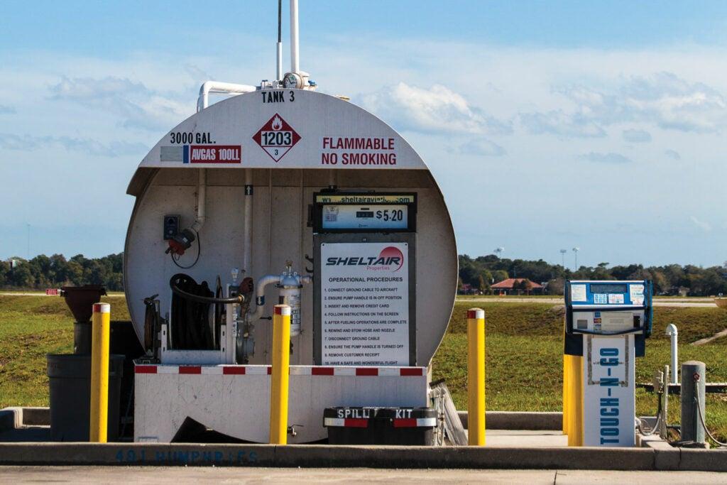 Aviation fuel pump