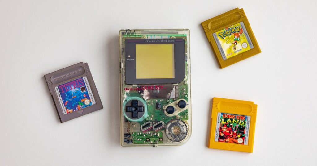 Nintendo Gameboy Clear and three cartridges