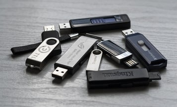 How to safely find out what's on a mysterious USB device