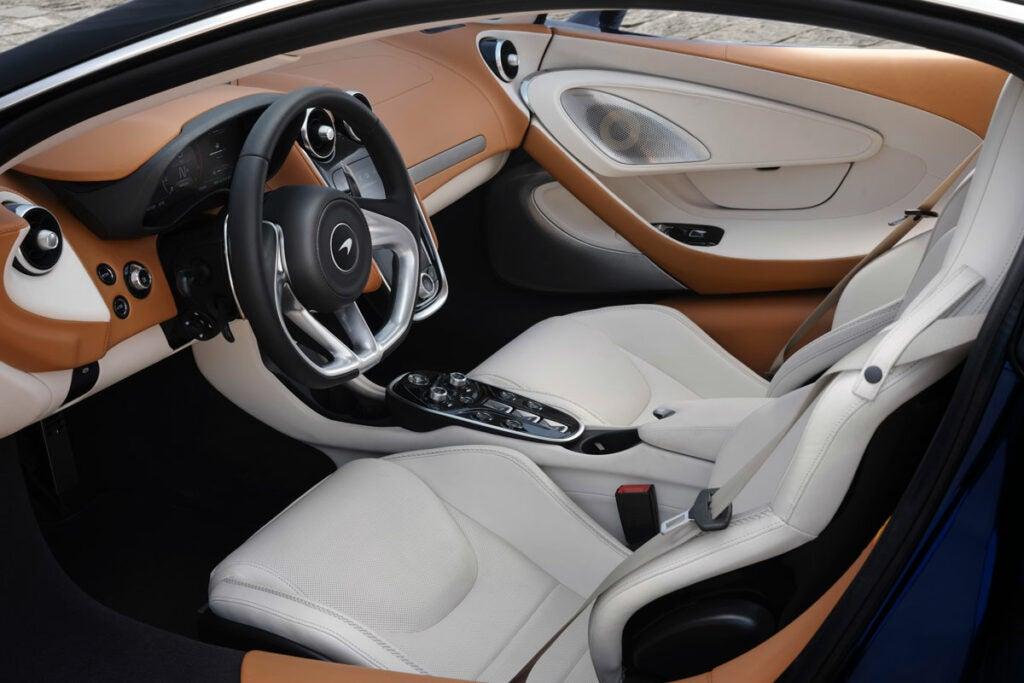 McLaren GT Cockpit