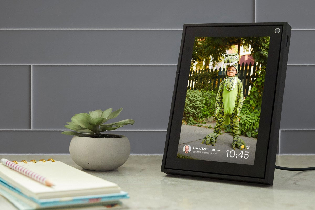 Facebook's new Portal video chat devices are smaller, cheaper, and facing stiffer competition