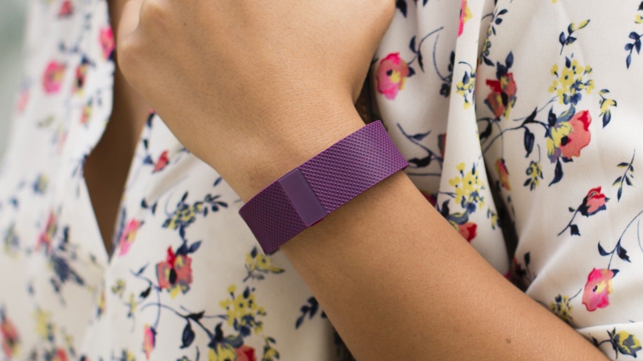 When it comes to fitness trackers and health apps, the FDA says you figure it out