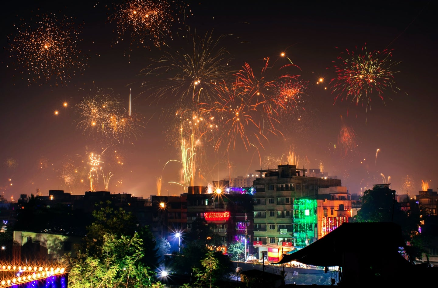 A guide to ensuring your Diwali festivities keep the Earth happy, too