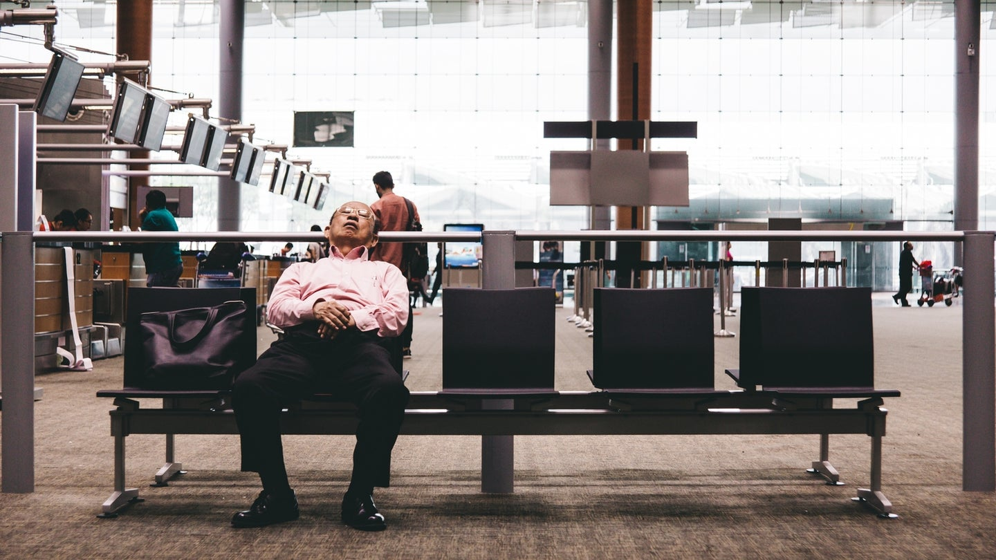 Get into airport lounges and travel like a boss
