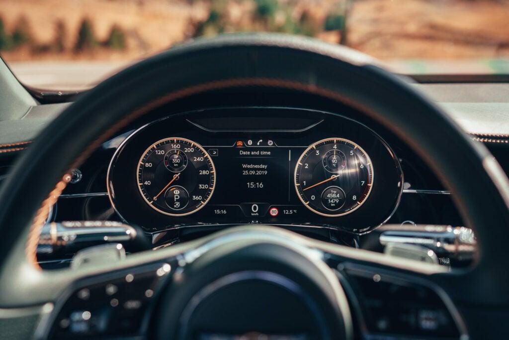 Bentley Flying Spur cockpit.