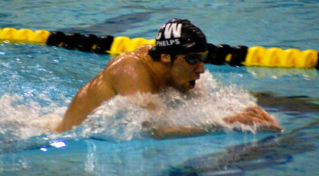 michael phelps swimming breaststroke