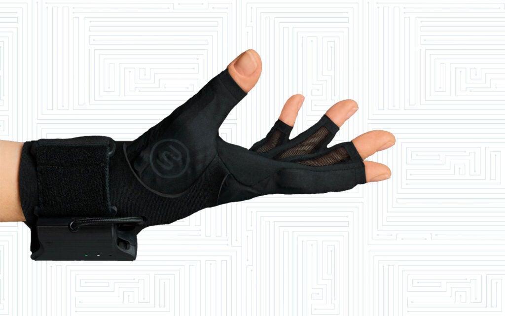 Gloves by Mi.Mu