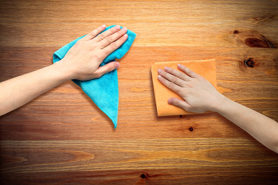 cleaning surface with microfiber cloth
