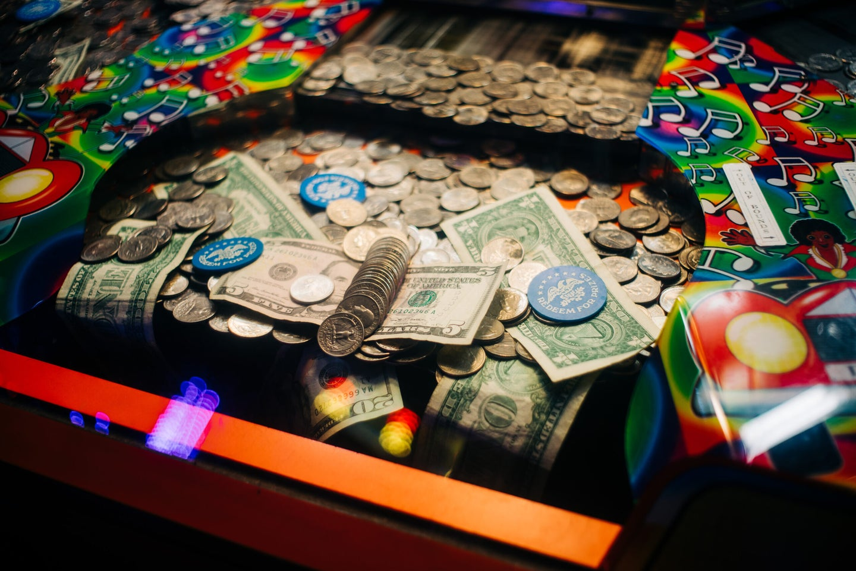 Coin pusher machine.