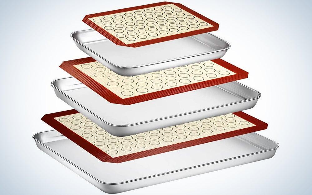 Wildone Baking Sheet with Silicone Mat Set