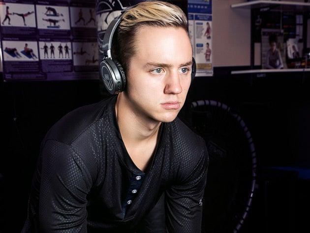 Z99 Over-Ear Bluetooth Headphones