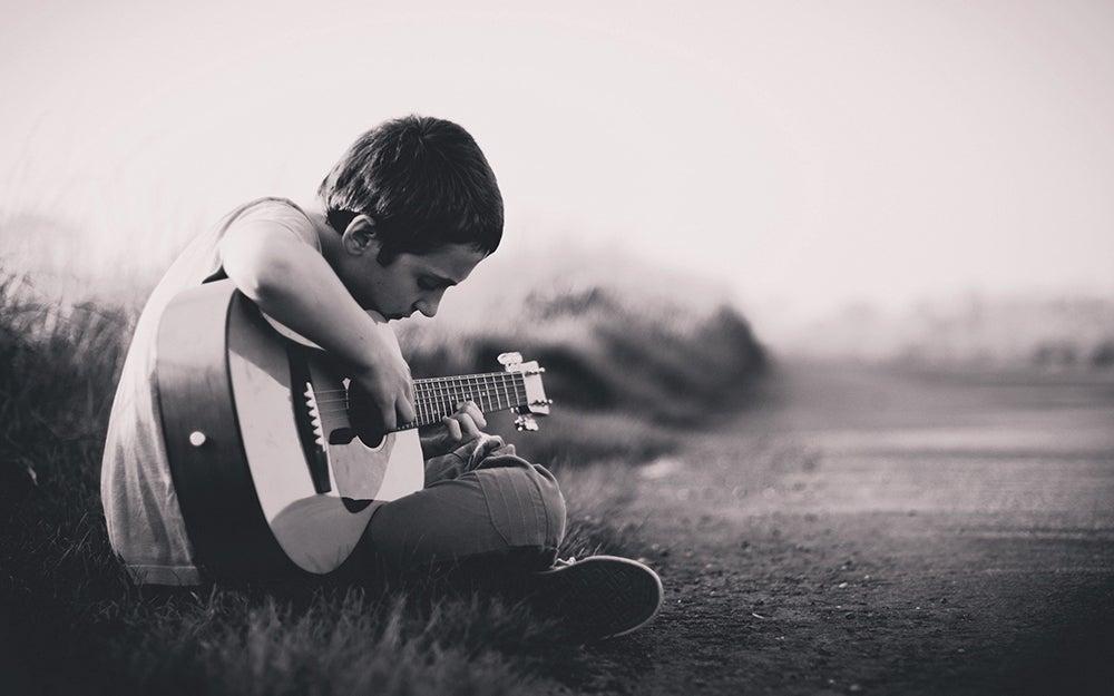 kid-friendly guitars