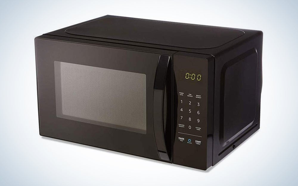 AmazonBasics Microwave with Alexa