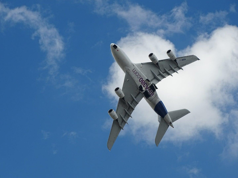 airplane airbus A380