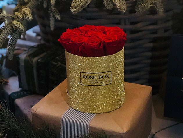 Small Gold Box with Red Flame Roses