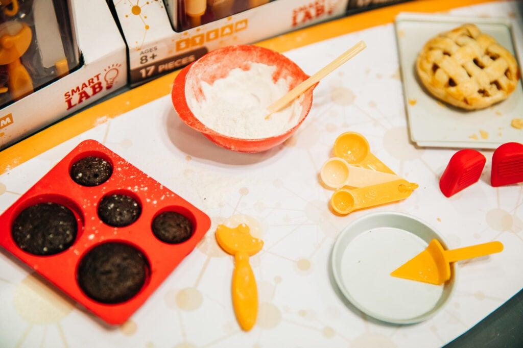 tiny baking at toy fair