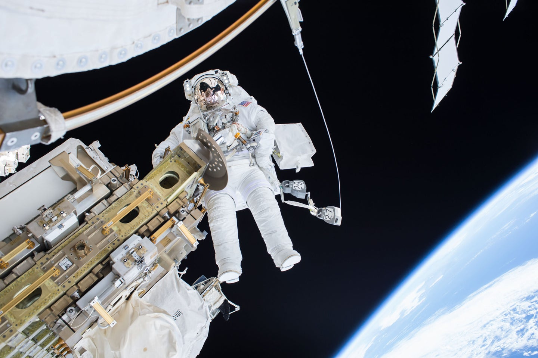 Expedition 46 Flight Engineer Tim Kopra on a Dec. 21, 2015 spacewalk.