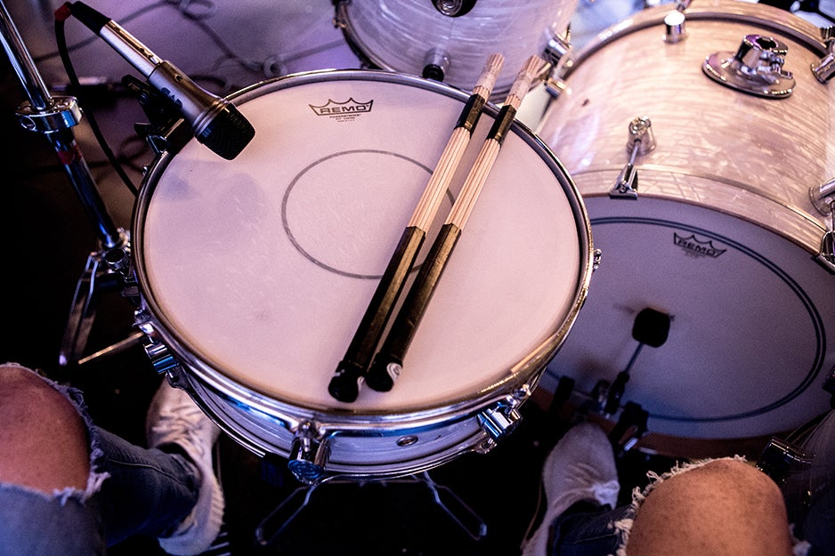 drum set with microphone
