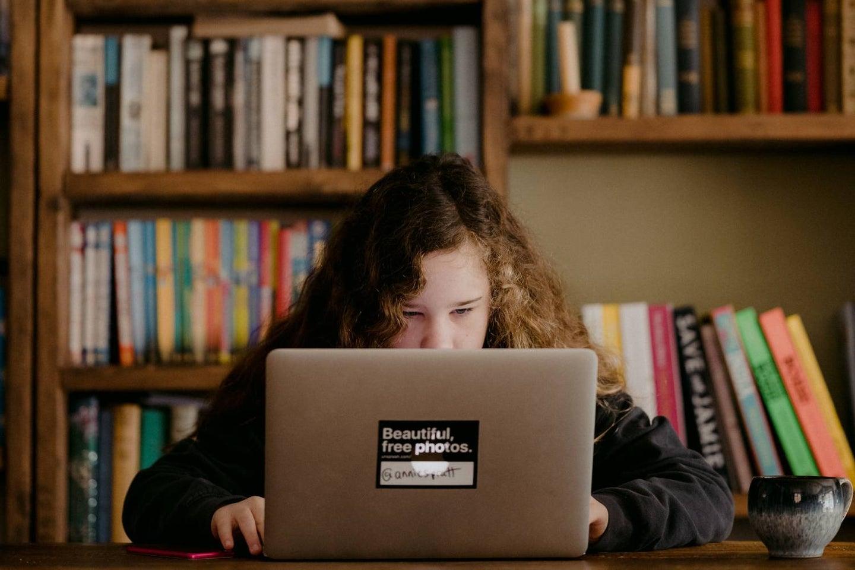 Kid on laptop