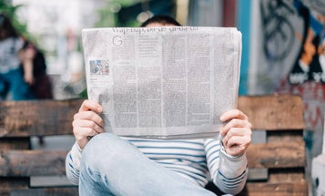 How to read the news without doom scrolling through social media