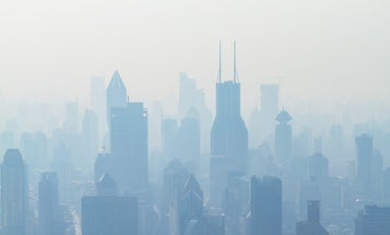 Air pollution has made the COVID-19 pandemic worse