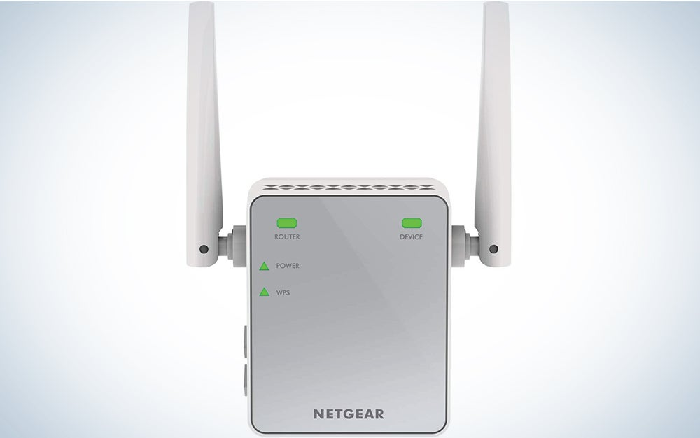 NETGEAR Wi-Fi Range Extender EX2700 - Coverage up to 600 sq.ft. and 10 devices with N300 Wireless Signal Booster and Repeater (up to 300Mbps speed), and Compact Wall Plug Design with UK Plug