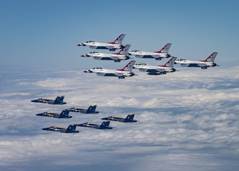 Thunderbirds Blue Angels
