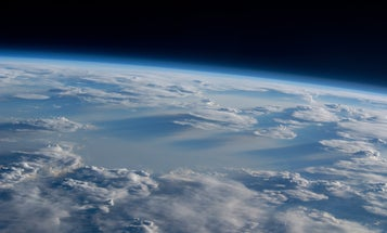 Wacky weather punched a new hole in the ozone—and it could happen again