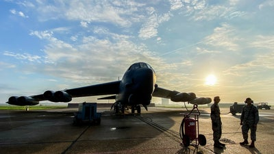 Inside a training mission with a B-52 bomber, the aircraft that will not die