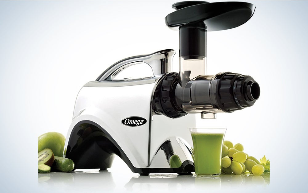 Omega NC900HDC Juicer Extractor and Nutrition System Creates Fruit Vegetable and Wheatgrass Juice Quiet Motor Slow Masticating Dual-Stage Extraction with Adjustable Settings, 150-Watt