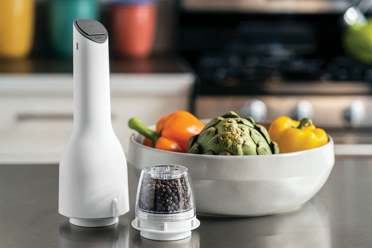 FinaMill™ Bundle: Spice Grinder, Tray, FinaPods, & Batteries