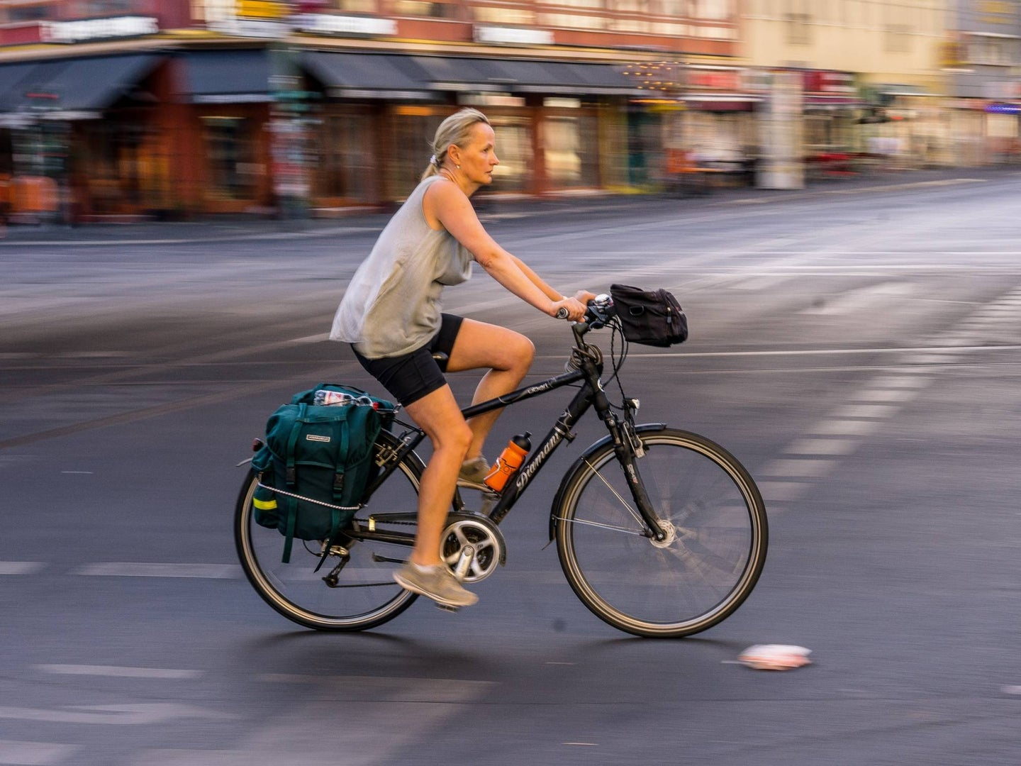 peron riding a bike in the city