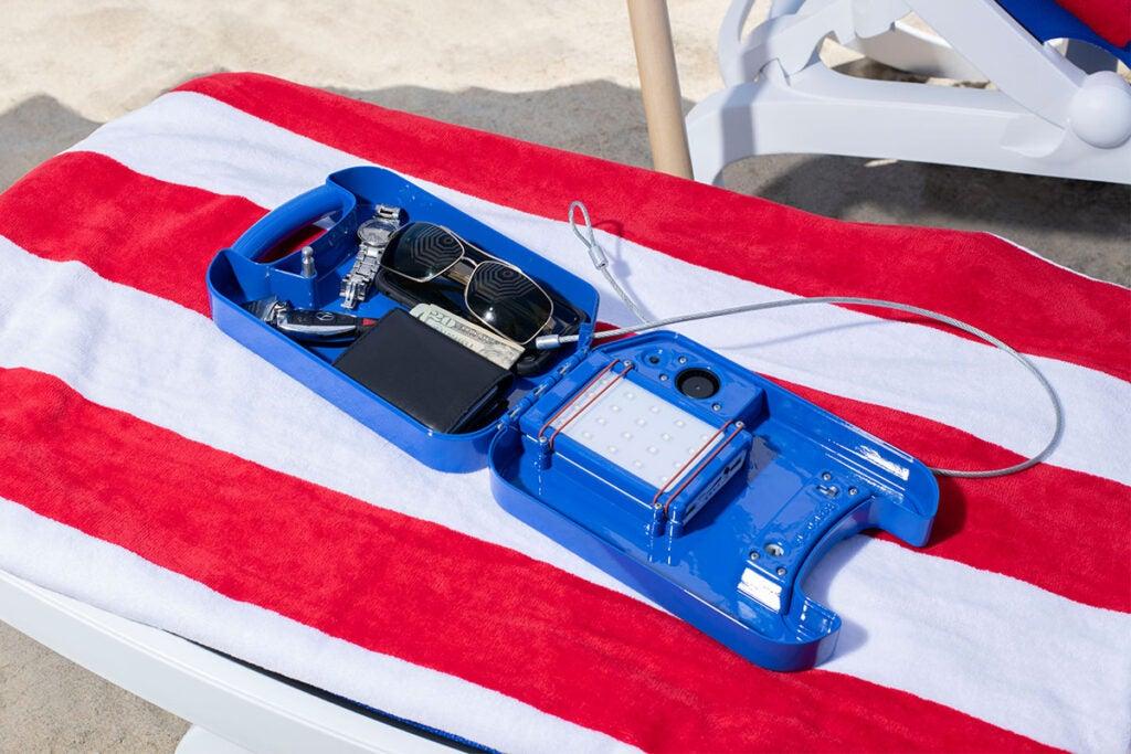 beachsafe® Valuable Storage & Phone Cooling Kit