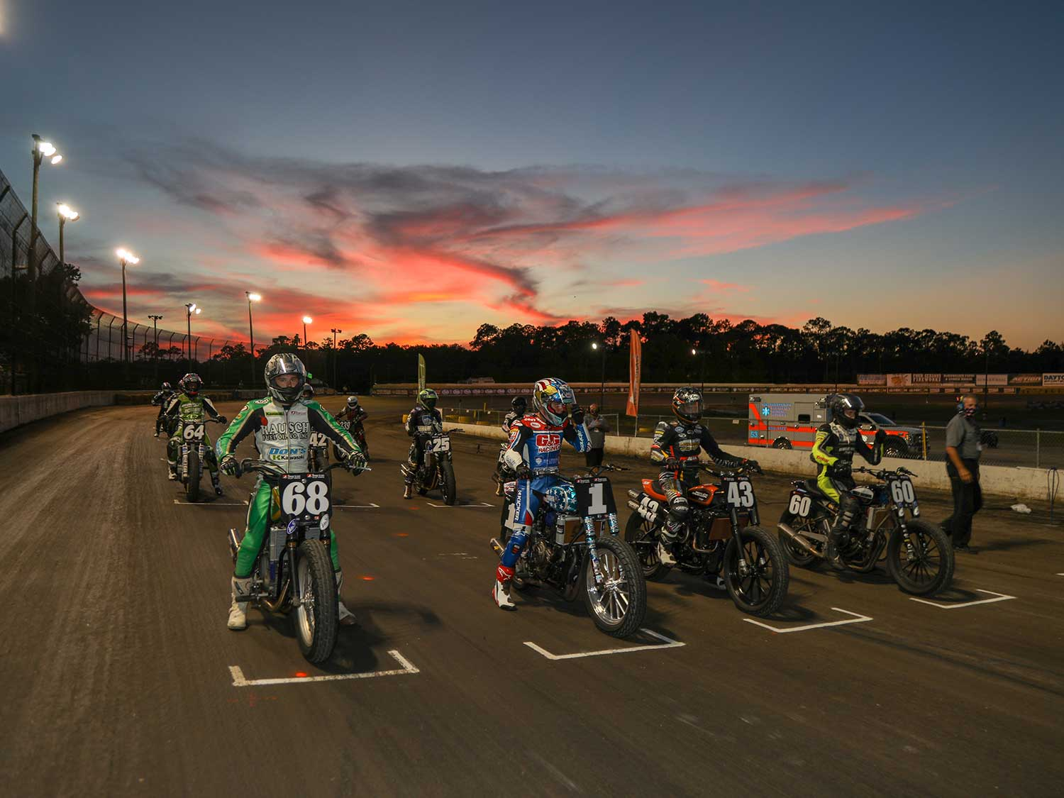 AFT Production Twins lineup for the Volusia 1 Final in the Florida twilight.