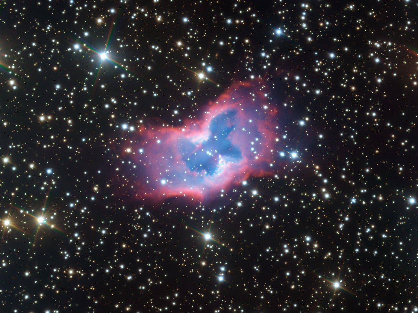 This highly detailed image of the fantastic NGC 2899 planetary nebula was captured using the FORS instrument on ESO's Very Large Telescope in northern Chile.