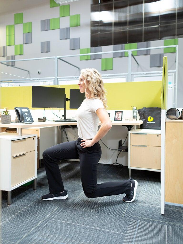 back leg lunge