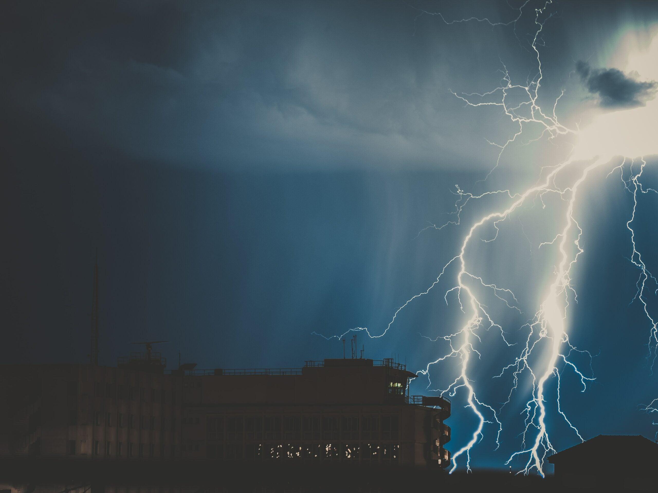 big lightning strike