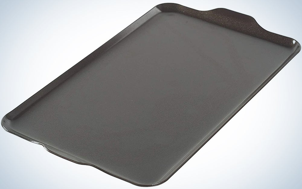Nordic Ware 10-1/4-Inch by 17-1/2-Inch 10230AMZ 2 Burner Griddle 16.5″ x 9.875″ x .375″