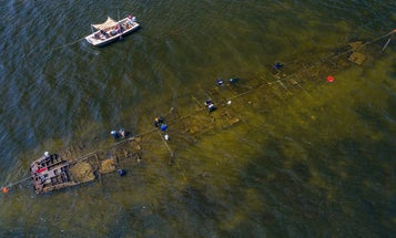 This WWII shipwreck hosts an underwater kingdom of bacteria