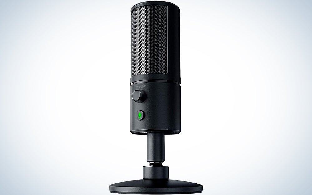 Razer Seiren X USB Streaming Microphone: Professional Grade - Built-In Shock Mount - Supercardiod Pick-Up Pattern - Anodized Aluminum - Classic