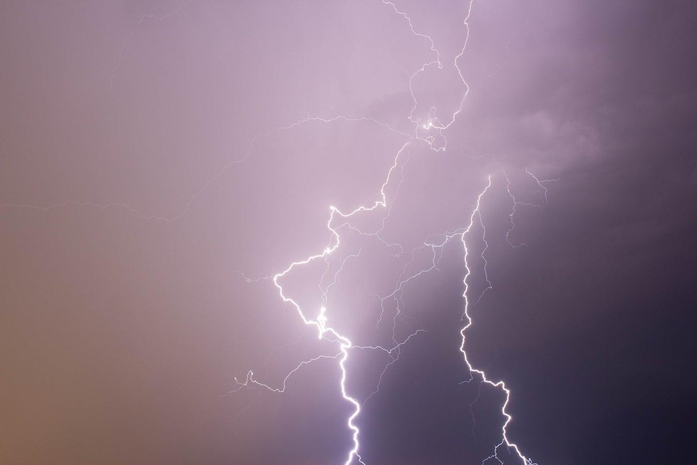 a lightning bolt.